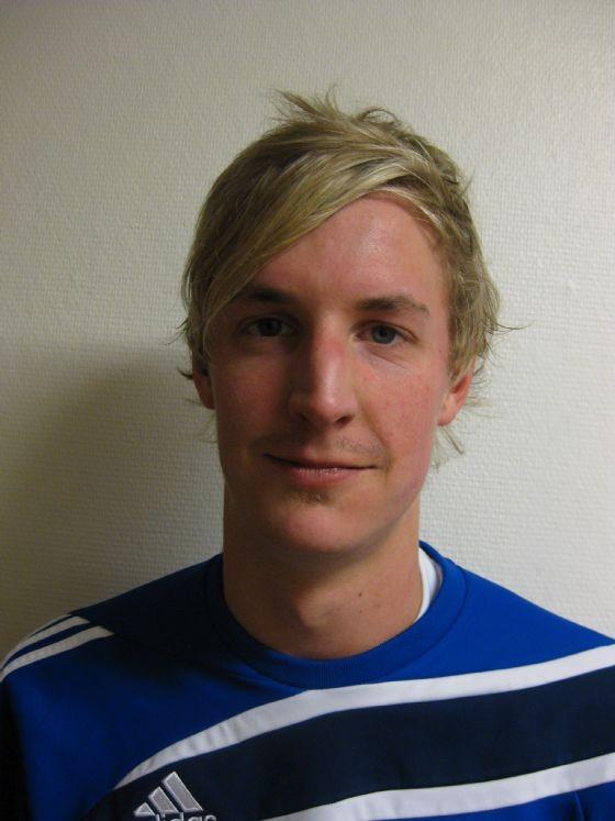 Målskyttar SIK: 0-1 Angelo Malesic, 1-2 Marcus Kristiansson, 1-3 Peter Fransson vars mål var ett fantastiskt skott från ca 30m med sin goa vänsterdoja. - 2507415